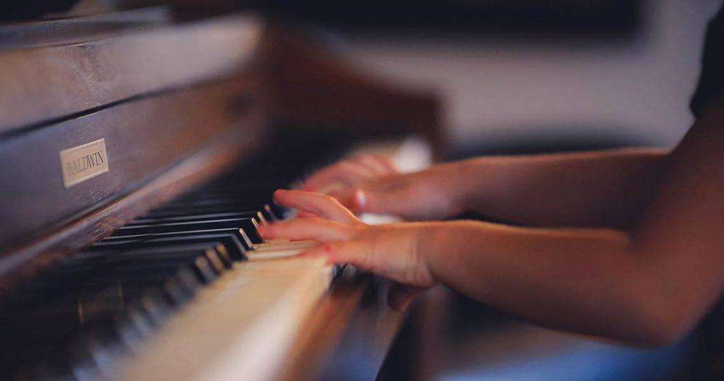 Çocuklar için piyanoya başlama yaşı.